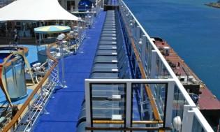 HI 001 cruise ship - 03