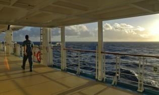 HI 001 cruise ship - 12