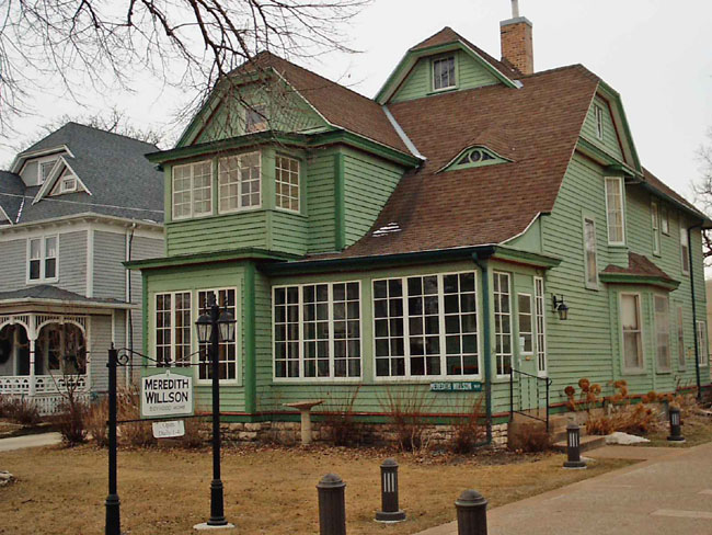 """""""This is a picture of Meredith Wilson's childhood home in Mason City, Iowa. Meredith Wilson is best know for writing the Music Man."""""""